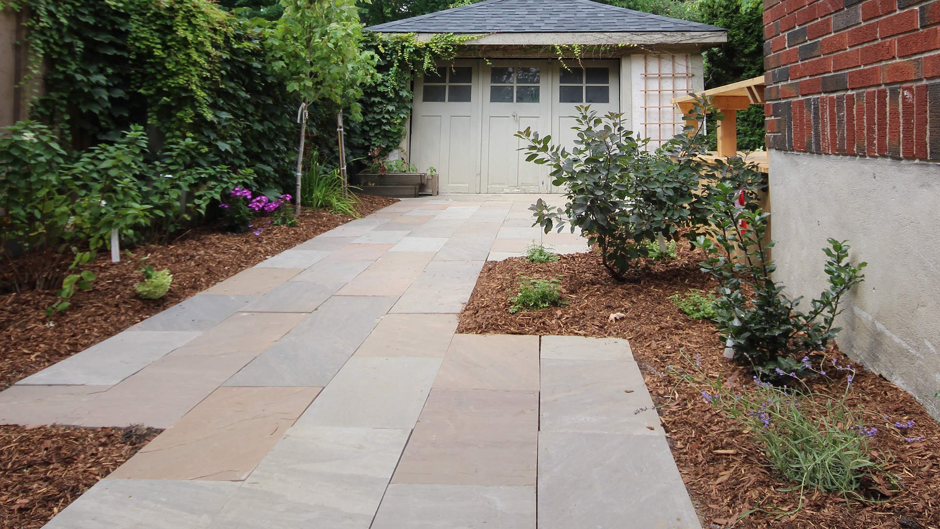 Sample landscape design project in London Ontario